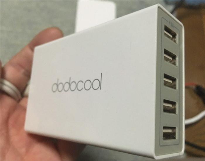 dodocool 40W 5ポート急速充電器