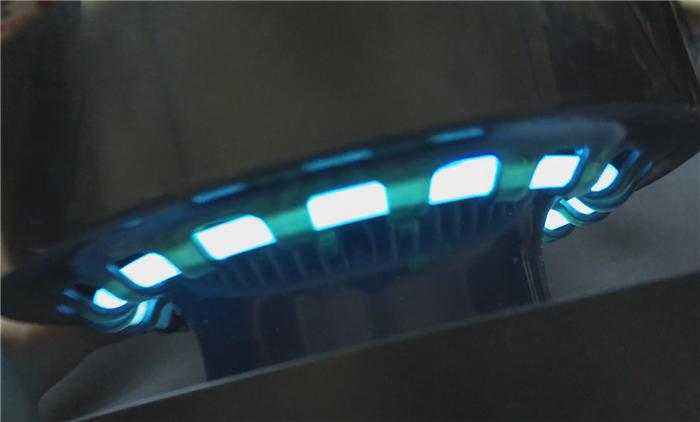 mbox QM LEDで蚊をおびき寄せ空気の力で撃退!死骸を残さない蚊取器