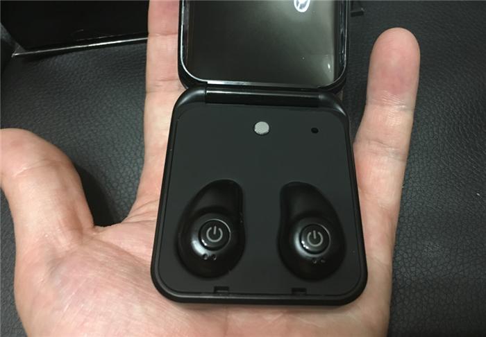 収納ケースが充電器とモバイルバッテリーになる Bluetoothイヤホン MindKoo TWS-I7レビュー