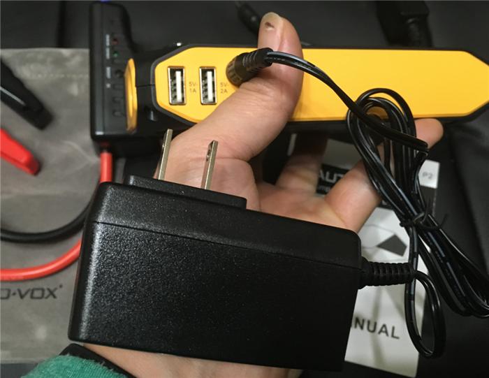 ジャンプスターター 家庭用充電