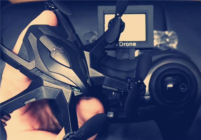 iDrone i6s ミニドローンレビュー 緊張感があって楽しいRCヘキサコプター