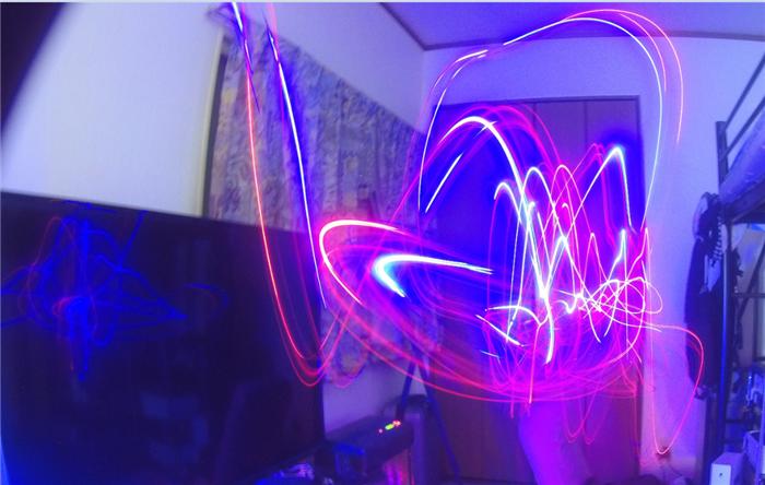 FIREFLY 8S 光のアートを撮影できるアクションカメラレビュー