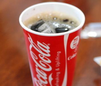 コーラ 満タン