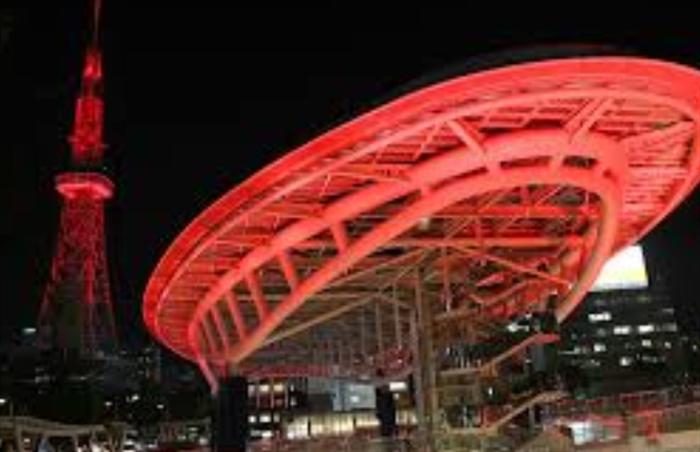 名古屋赤ライトアップ