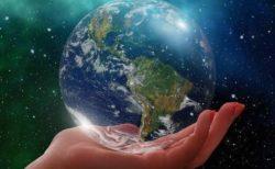 手のひらの世界